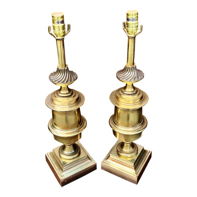 A Pair of Mid-Century Modern Stiffel Brass Lamps For Sale