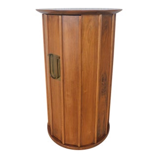 Hickory Furniture Co. Danish Modern Style Teak Credenza Upright Server For Sale