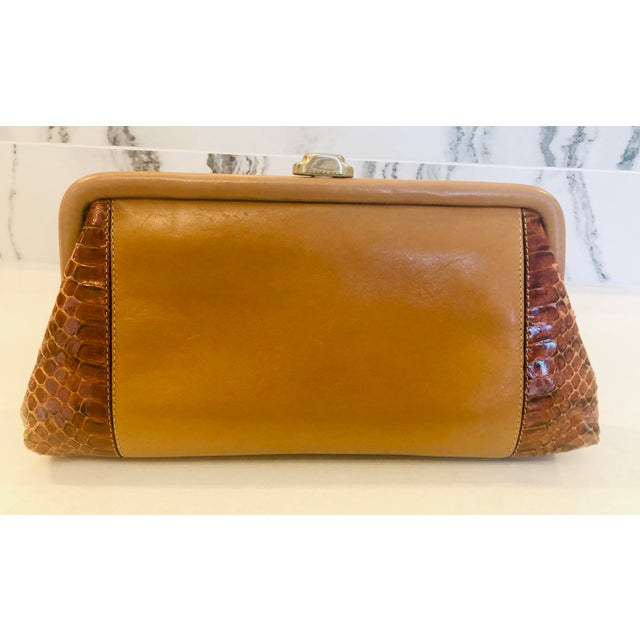 1980s Vintage Patrizia Multicolored Striped Python Clutch For Sale In New York - Image 6 of 11