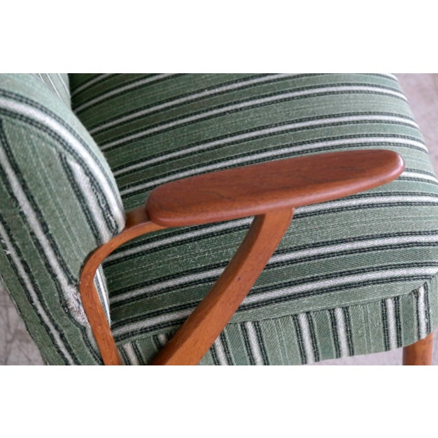 Danish Midcentury Sofa with Teak Armrests in the Style of Kurt Olsen for Bramin For Sale In New York - Image 6 of 9