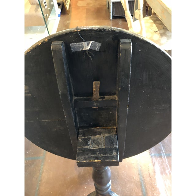 Wood Black Lacquer and Painted Chinoiserie Tilt Top Table For Sale - Image 7 of 13