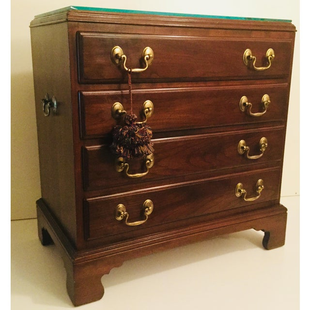 1990s Vintage Mahogany & Cherry Chippendale Style Bachelor's Chest For Sale In New York - Image 6 of 6