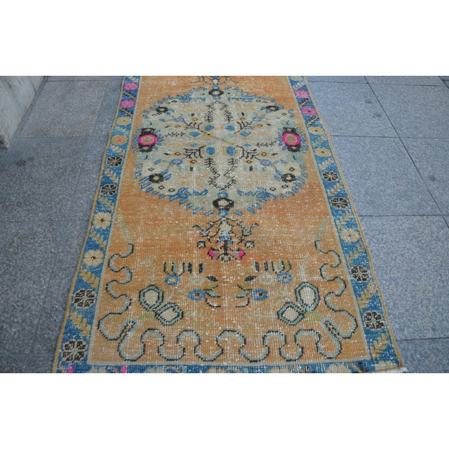 Islamic Turkish Oushak Vintage Tribal Wool Carpet - 2′8″ × 5′6″ For Sale - Image 3 of 11