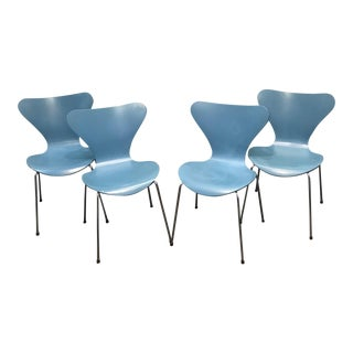 Vintage Arne Jacobsen for Fritz Hansen Series 7 Chair (4 Available) For Sale