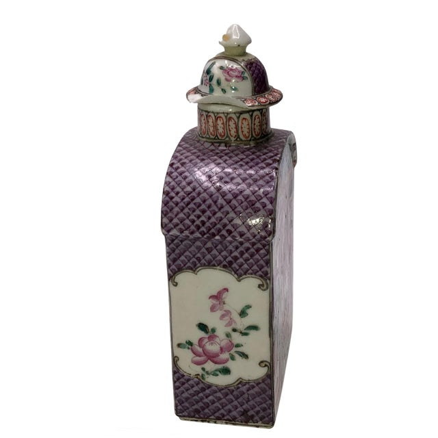 Chinese 18th Century Mandarin Porcelain Tea Caddy For Sale - Image 3 of 10