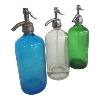 Seltzer Bottles Set of 3 Monarch Beverages Preisman Shlomkowitz New York For Sale