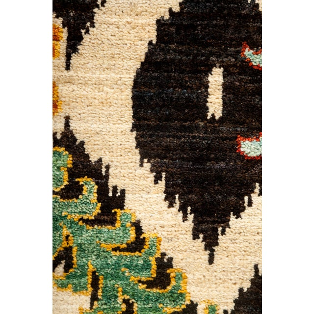 "Contemporary Suzani Hand Knotted Area Rug - 10'0"" X 13'3"" For Sale - Image 3 of 3"