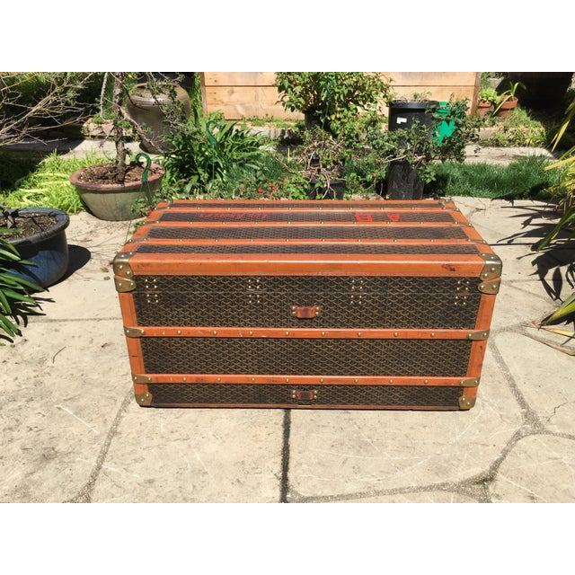 Brown 1930s Traditional Goyard Steamer Trunk For Sale - Image 8 of 13