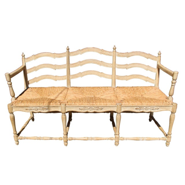 """Hand Made Rush Three-Seater Provençal """"Radassier"""" Bench, France 1940s For Sale In Los Angeles - Image 6 of 6"""