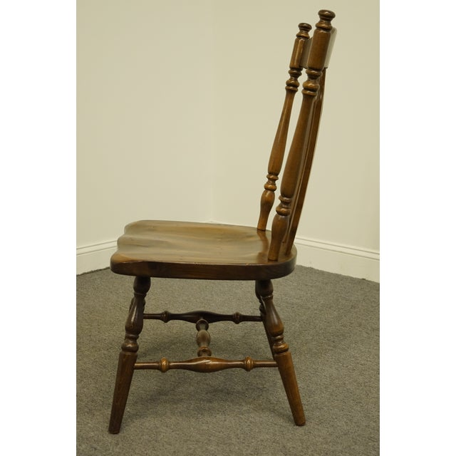 Late 20th Century Ethan Allen Antiqued Pine Old Tavern Cattail Back Dining Side Chair For Sale In Kansas City - Image 6 of 10