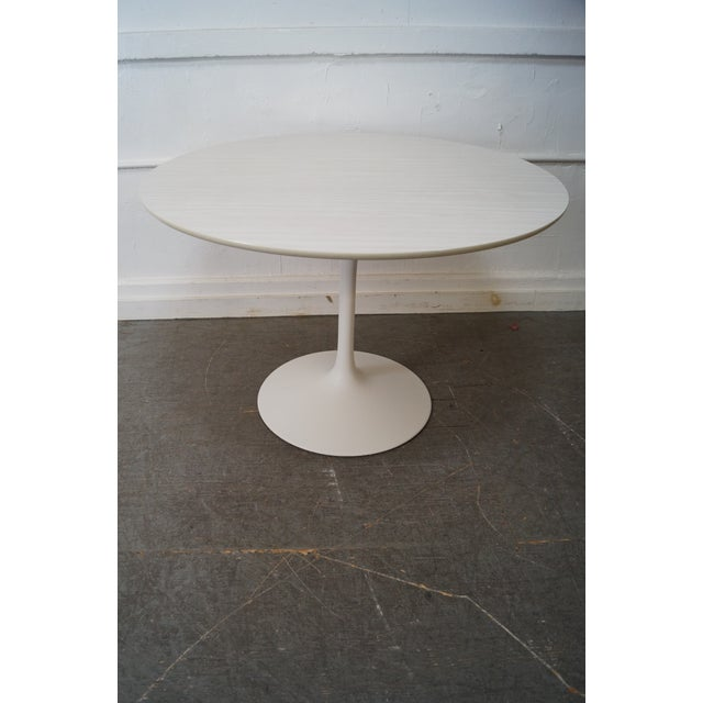 Mid-Century Modern Mid-Century Round Tulip Base Saarinen Style Dining Table by Burke For Sale - Image 3 of 10