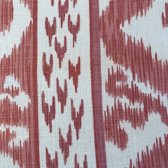 This is for 2 yards of Cowtan and Tout Rapallo fabric. The fabric is made of 100% linen. Brand: Cowtan & Tout Item Number:...