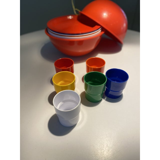 """Wonderful vintage Ingrid Chicago plastic serving set. Service for six. 6 cups 3"""" tall; 6 low bowls 6 7/8"""" wide; 6 lunch..."""