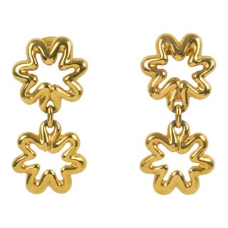 Lanvin Paris Signed Dangling Clip-On Earrings Gilt Metal Flower For Sale