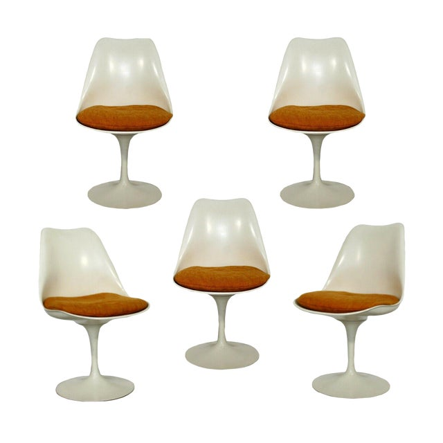 Mid Century Modern Eero Saarinen for Knoll Set 5 Tulip Side Dining Chairs 1960s For Sale
