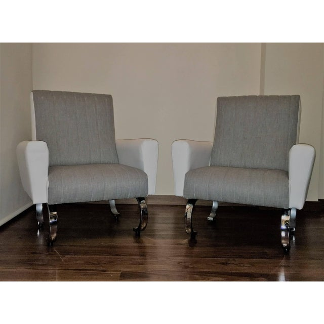 Mid-Century Exclusive Pair of Sleek Italian Armchairs With Curved Metal Base For Sale In Miami - Image 6 of 7