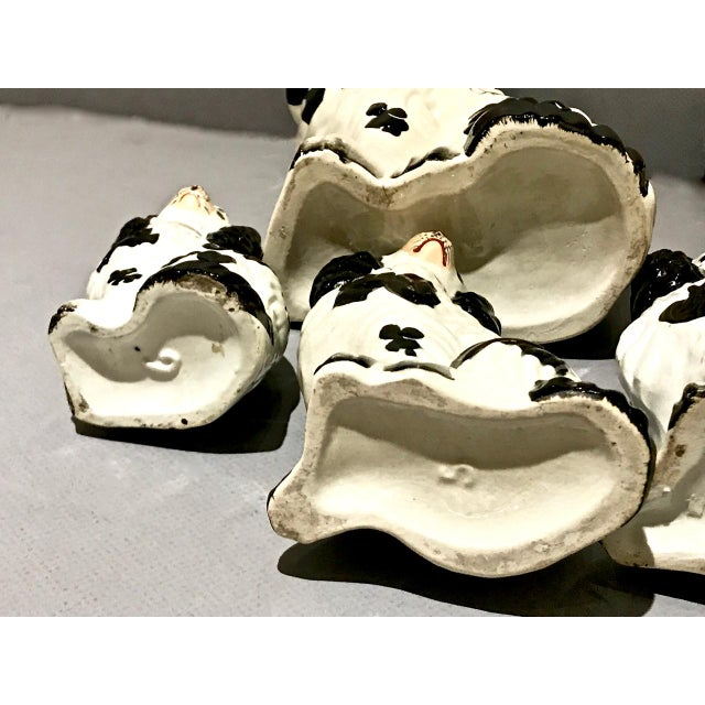 English Set of 6 Pairs Graduated Staffordshire Spaniels, C. 1850 For Sale - Image 3 of 6