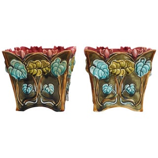 1900s Majolica Onnaing Signed Cyclamens Cache Pots - a Pair For Sale