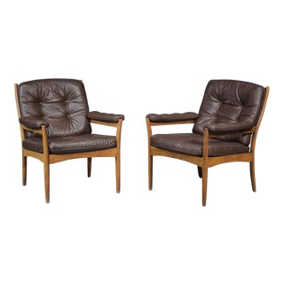 1970s Vintage Arm Chairs- A Pair For Sale