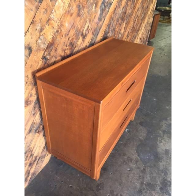 Mid-Century Refinished Mahogany Dresser - Image 5 of 7