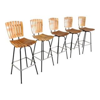 1960s Mid Century Modern Arthur Umanoff Wooden Slat Swivel Bar Stools - Set of 5 For Sale