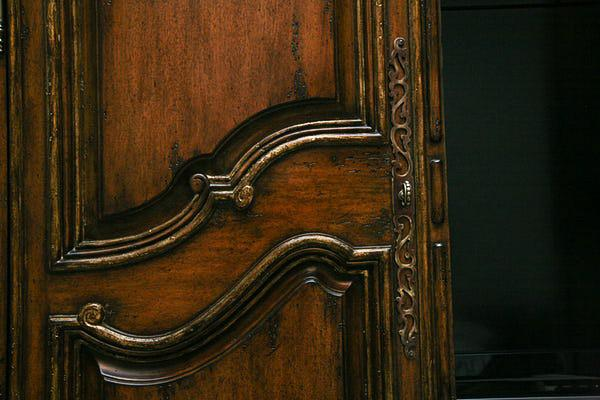 Charmant Marge Carson Bordeaux Oxford Armoire   Image 6 Of 7