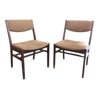 Vintage Mid-Century Gunlocke Accent Chairs - a Pair For Sale