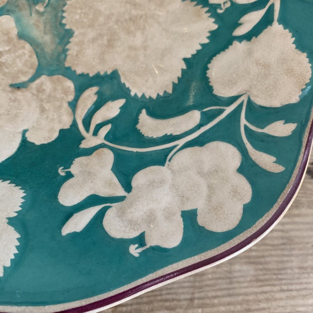 Mid 19th Century Antique 1860 English Davenport Majolica Geranium Patter Footed Platter For Sale - Image 5 of 9