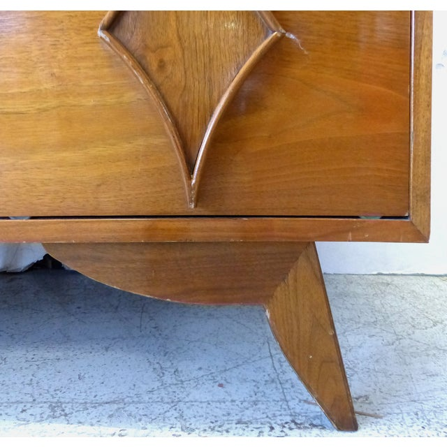 Mid-Century Modern Walnut Chest on Chest - 2 Pcs - Image 6 of 11