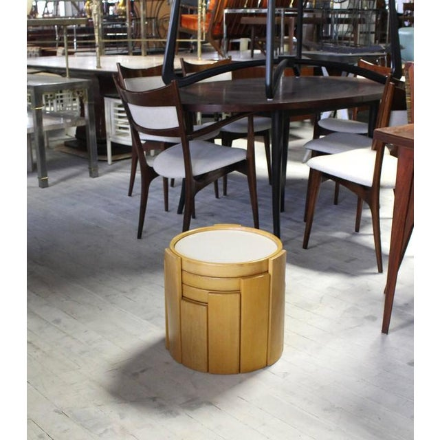 Early 20th Century Cassina Set of Four Nesting Round Tables For Sale - Image 5 of 9