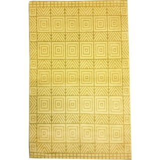 Modern Decorative Woolen Tibetan Handmade Rug- 4′1″ × 6′6″ For Sale