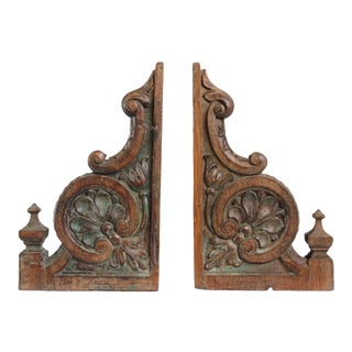 Antique Colonial Wood Brackets - A Pair For Sale
