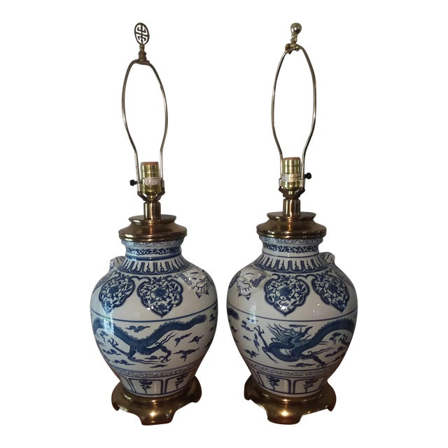 1960s Paul Hanson Blue & White Chinoiserie Dragon Porcelain Table Lamps - A Pair For Sale