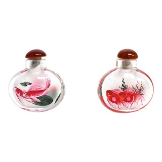 Reverse Painted Snuff Bottles With Fish - Set of 2 For Sale