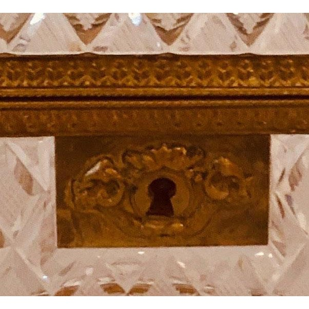 French Antique Baccarat Crystal Box For Sale - Image 3 of 8
