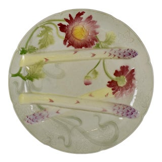 K&g St. Clément French Faïence Chrysanthemum Asparagus Plate For Sale