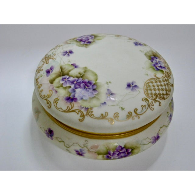 Antique Limoges France Hand Painted Violets & Gilt Box - Image 2 of 7