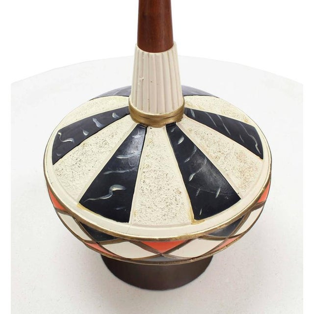 Mid-Century Modern Pair of Walnut and Art Pottery Table Lamps For Sale - Image 3 of 7