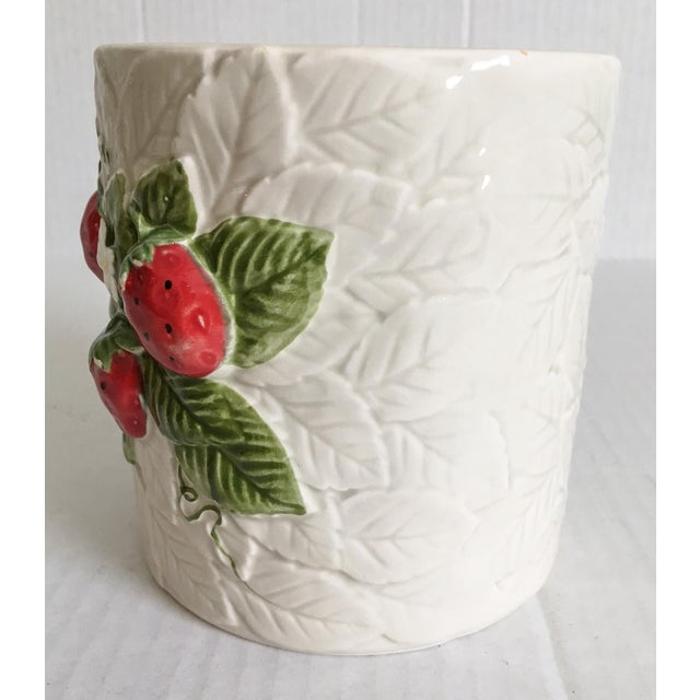 Strawberry Relief Ceramic Cachepot - Image 5 of 7