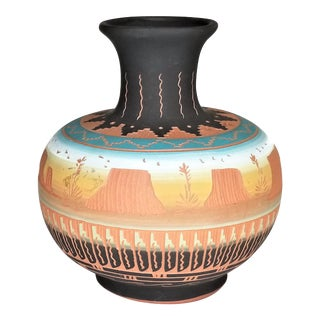 Victoria Tsosie Navajo Hand-Etched Painted Brown Mesa Amphora Vase For Sale