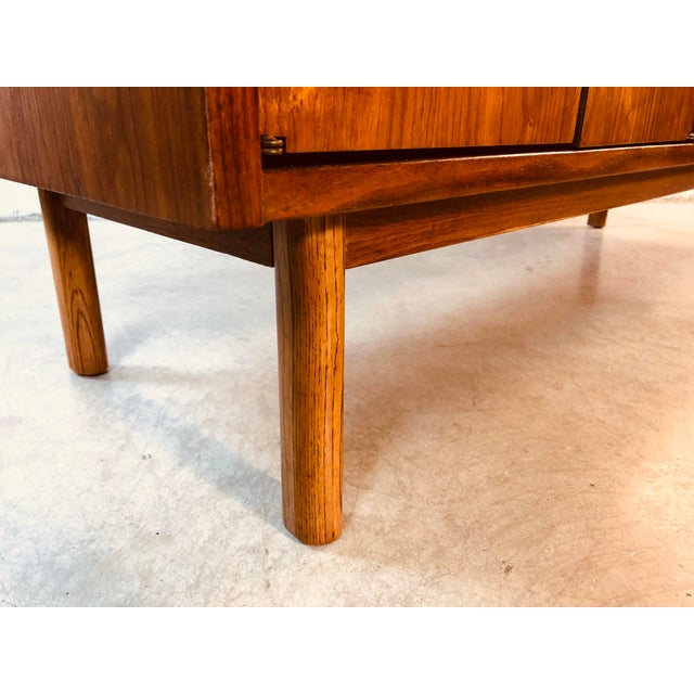 1960s Walnut Wood Credenza by Bassett Furniture Co For Sale - Image 12 of 13