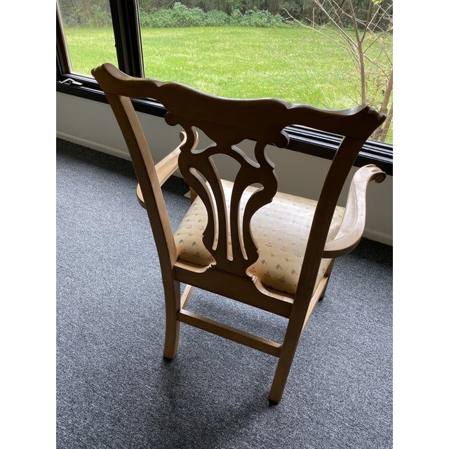 Wood 1980s Vintage Traditional Oak Dining Chairs- Set of 8 For Sale - Image 7 of 12