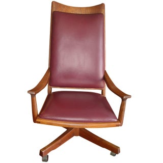 Vintage Mid Century John Nyquist Executive Swivel Chair For Sale
