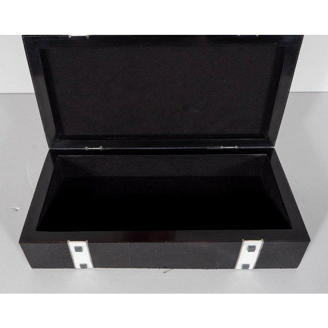 Black Lacquer Cracqueleur Box with Kabibi Inlay and Art Deco Square Motif For Sale - Image 10 of 11