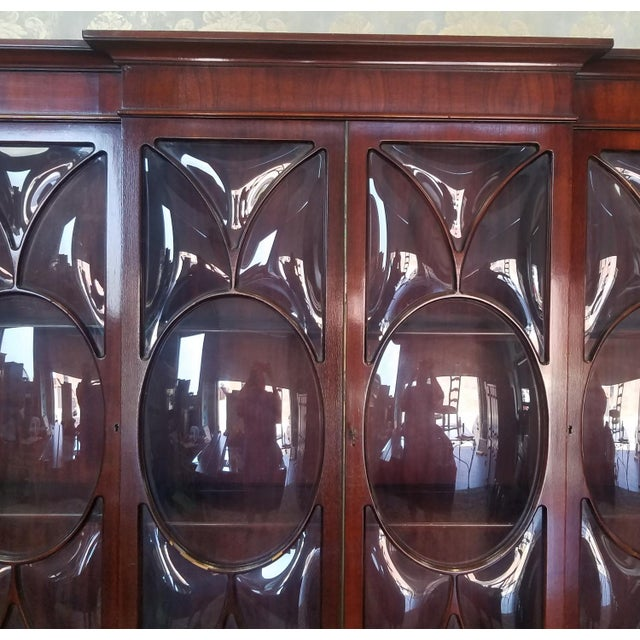 Very Good 1940s Inlaid & Banded Mahogany Living Room Breakfront China Cabinet For Sale - Image 4 of 11
