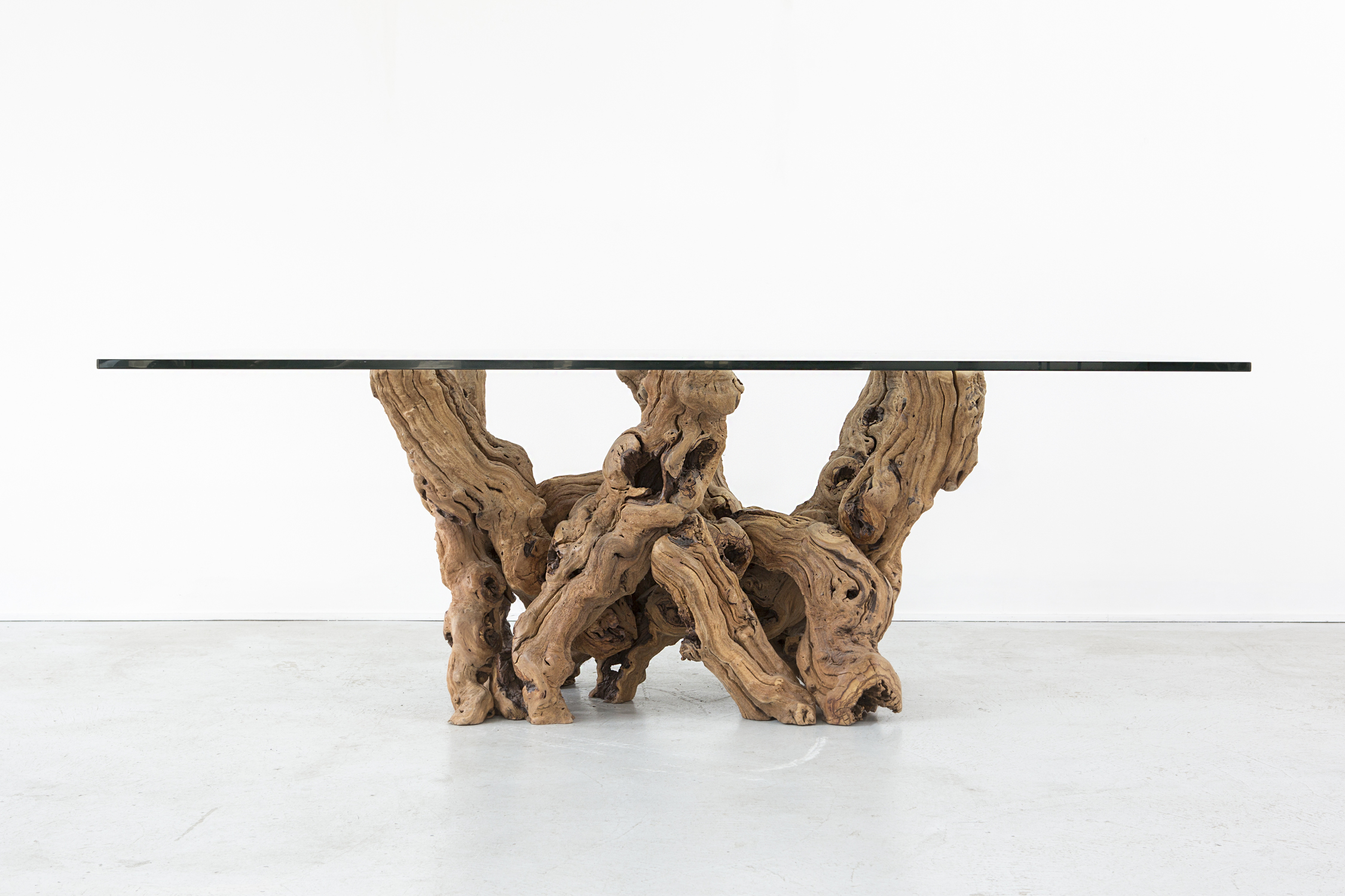 Amazing Grapevine Dining Table   Image 5 Of 11