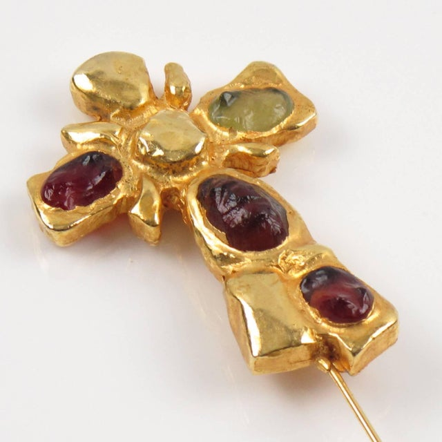 Christian Lacroix Christian Lacroix Paris Signed Long Pin Brooch Gilt Metal and Cabochon For Sale - Image 4 of 8