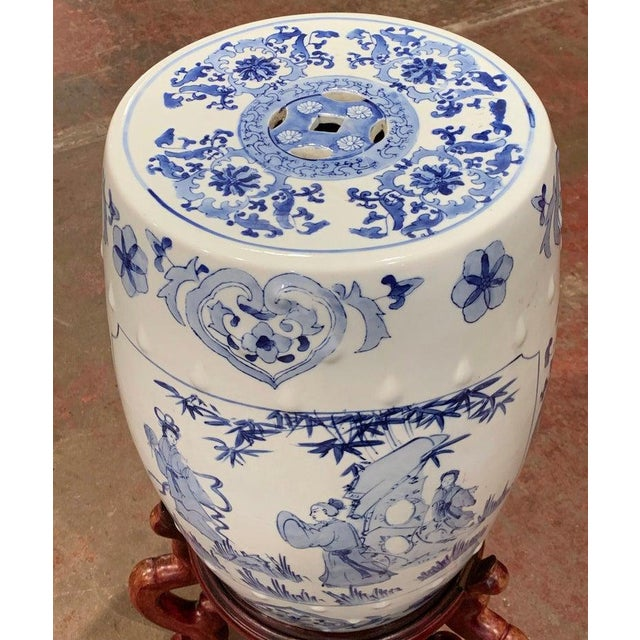 Mid 20th Century Mid-20th Century Chinese Porcelain Garden Stool on Carved Stand For Sale - Image 5 of 8