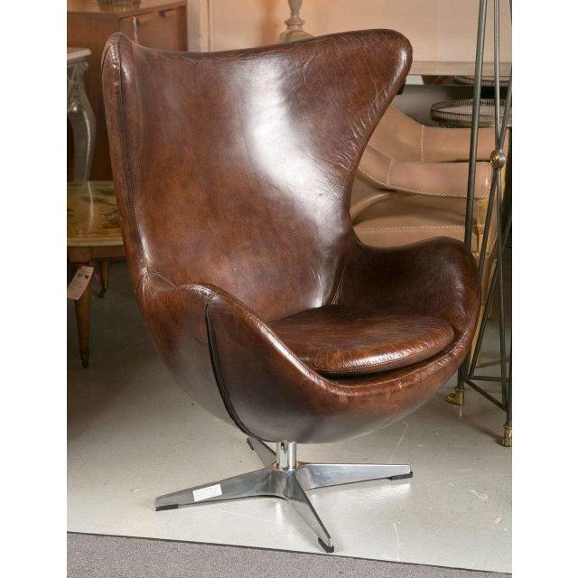 Egg Chair Arne Jacobsen Kopie.One Pair Of Arne Jacobsen Style Egg Chairs