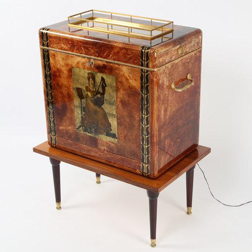 1950S ALDO TURA GOATSKIN BAR CABINET WITH SERVING TRAY For Sale - Image 10 of 10